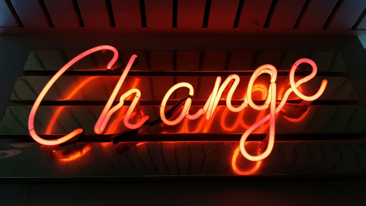 Change (c) Ross Findon on Unsplash